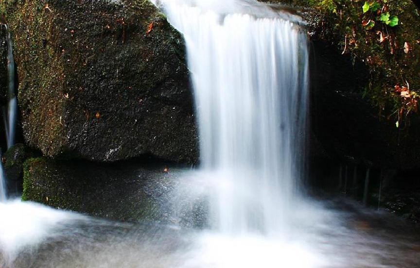 Wang Sai Waterfall picture